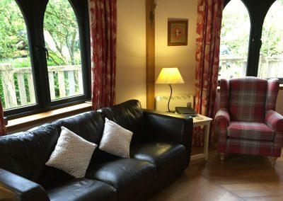 treehouse lounge